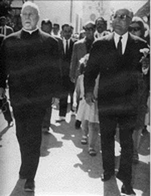 Padre Demeerseman e Habib Bourghiba