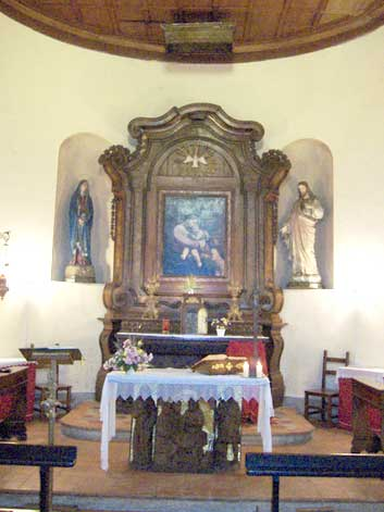 La Chiesa di Croara (interno)